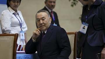 Президент Казахстана Нурсултан Назарбаев на парламентских выборах