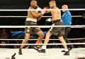 Боксер Рой Джонс-младший нокаутировал Вайрона Филлипса в бою в Финиксе