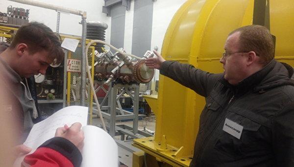 Линейный ускоритель частиц в Дубне