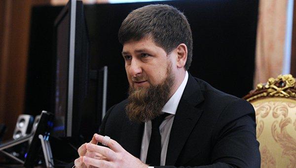 Глава Чечни Рамзан Кадыров во время встречи с президентом России Владимиром Путиным в Кремле