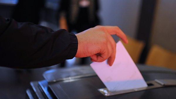 Во время голосования. Архивное фото
