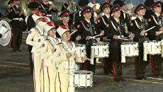 Спасская башня 2012: шоу барабанщиков и драконы на Красной площади