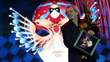 Российский хореограф, балетмейстер Борис Эйфман, получивший награду театральной премии Золотая Маска
