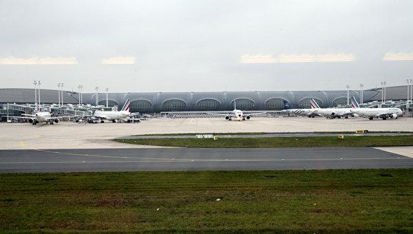 Впарижском аэропорту задержали рекордную партию метамфетамина