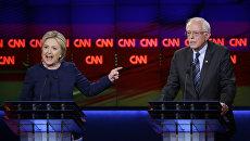 Хиллари Клинтон и Берни Сандерс. Архивное фото