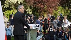Избранный президент Австрии Ван дер Беллен рассказал о цели на новом посту
