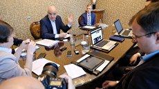 Президент ФИФА Джанни Инфантино во время интервью российским СМИ. 1 июня 2016