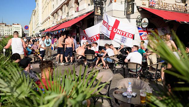 Британское печатное издание Independent раскритиковала английских болельщиков иназвала их«подонками»