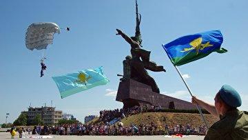 Празднование Дня ВДВ в городах России