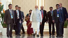 Премьер-министр Индии Нарендра Моди после заседания в Ташкенте Совета глав государств-членов Шанхайской организации сотрудничества в расширенном составе, приуроченного к 15-летию создания ШОС
