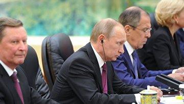 Официальный визит президента РФ В. Путина в Китайскую Народную Республику
