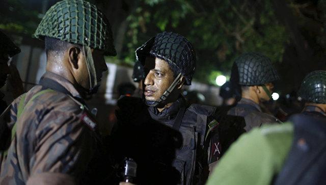 Катастрофа вБангладеш: взахваченном помещении произошли два взрыва