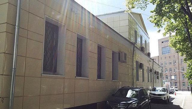 Дом подполковника Д.Н.Щербачева, середина XVIII в. Здесь в 1837-38 гг. жил Л.Н.Толстой по адресу ул. Плющиха, д. 11, стр. 6