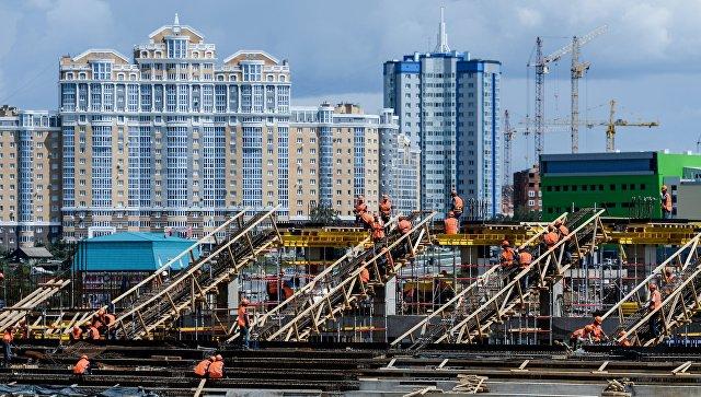 Строительство стадиона Мордовия Арена в Саранске. Архивное фото