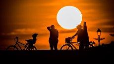 Закат в Сочи. Архивное фото