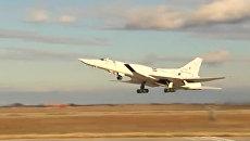 Удар бомбардировщиков Ту-22 по объектам ИГ в районах Пальмиры. Архивное фото