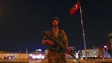 Militare a Istanbul.  16 lug 2016