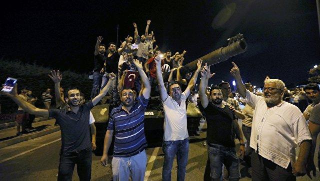 Керри назвал ложью заявления о причастности США к путчу в Турции