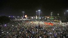 Dimostrazione nei pressi dell'aeroporto Ataturk di Istanbul, Turchia