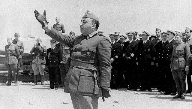 ВИспании парламент призвал перезахоронить Франко