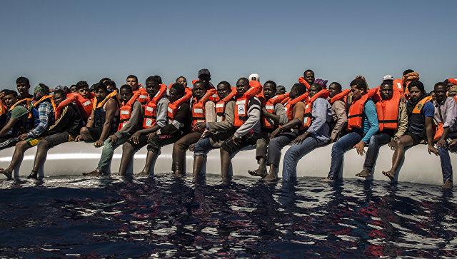 У побережья Испании были спасены около 600 мигрантов