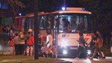Полиция Мюнхена у торгового центра, где неизвестные открыли стрельбу