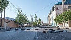 Территория захваченного членами вооруженной группы Сасна црер полка ППС полиции района Эребуни в Ереване