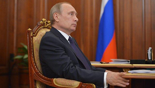 Работу Путина на посту президента одобряет 82% россиян
