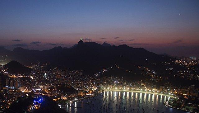 Судья вБразилии запретила ограбленным североамериканским пловцам покидать страну