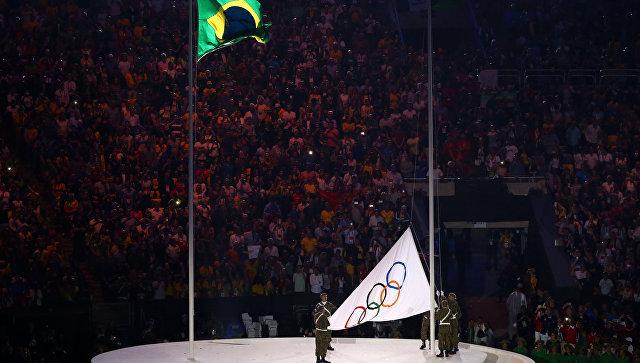 Церемония открытия Олимпиады на стадионе Маракана в Рио-де-Жанейро