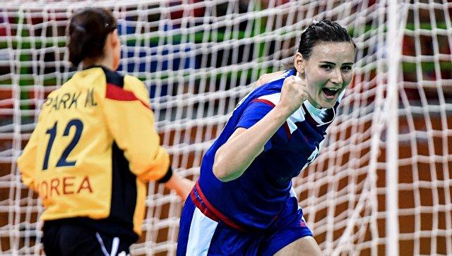 Гандболистки сборной РФ победили команду Франции вматче олимпийского турнира