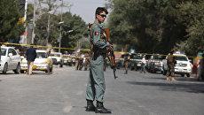 На месте взрыва у посольства США. Архивное фото