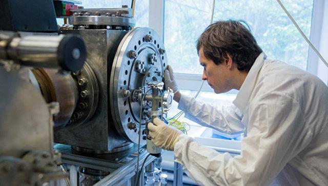 Плазменный генератор, создающий сильноточный импульсный магнетронный разряд