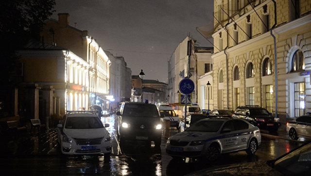 Мужчина, захвативший банк в столице России, нехотел убивать заложников