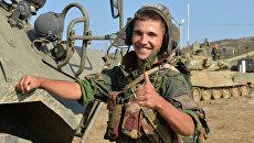 Военнослужащий личного состава танкового батальона. Архивное фото
