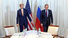Сергей Лавров и Джон Керри на переговорах по урегулированию сирийского кризиса в Женеве, Швейцария. 26 августа 2016