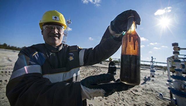 Добыча нефти в Ямало-Ненецком автономном округе. Архивное фото