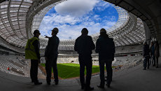 Реконструируемый к Чемпионату мира по футболу FIFA 2018 стадион Лужники в Москве. Архивное фото