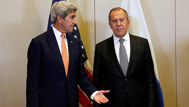 Глава МИД РФ Сергей Лавров и госсекретарь США Джон Керри на переговорах по урегулированию сирийского кризиса. Архивное фото