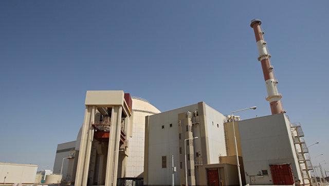 Роухани и Макрон по телефону обсудили соглашение по иранскому атому