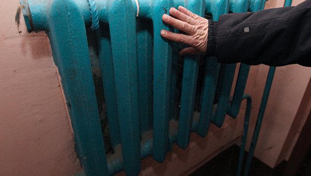 В Якутии пристегнутый к батарее задержанный умер из-за прорыва трубы
