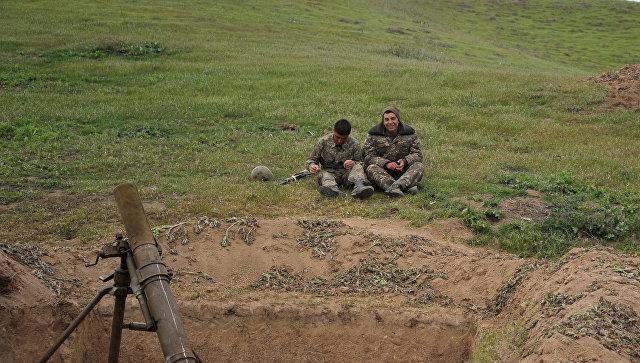ВСАзербайджана произвели внаправлении армянских позиций свыше 700 выстрелов— Минобороны НКР