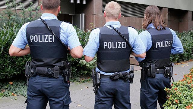 В Германии мужчина напал на пассажиров автобуса