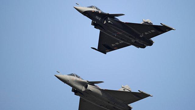 Французские истребители Rafale нанесли первые удары поИГИЛ вСирии