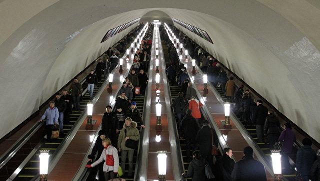 Пассажиров метро предупредили озакрытии вестибюлей нескольких станций ввыходные