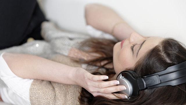 Ученые выяснили, почему людям нравится грустная музыка