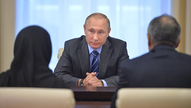 Путин назвал расстрелянного вДагестане лейтенанта настоящим героем