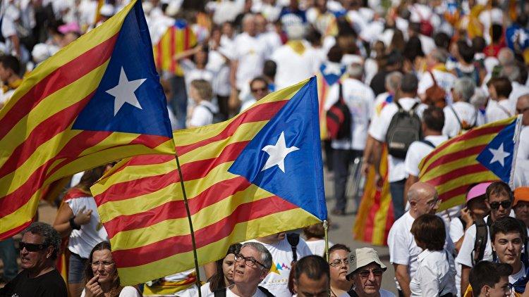 Политолог: только референдум поможет Каталонии решить конфликт