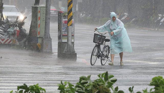 Тайфун «Меги» обвалился навосточное побережье Китайская республика