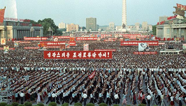 Нагнетание военной истерии вокруг КНДР - тупиковый путь, считает Лавров